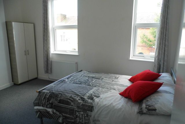 Thumbnail Room to rent in Milford Street, Salford