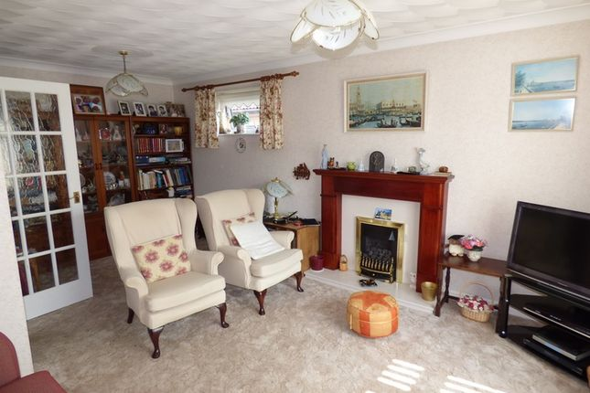 3 bed bungalow for sale in Redwood Drive, Great Sutton, Cheshire