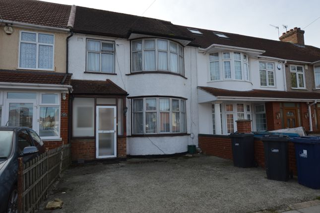 Thumbnail Terraced house to rent in Cranleigh Gardens, Southall