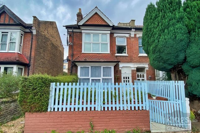 Maisonette for sale in First Avenue, Enfield