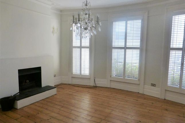 Thumbnail Property to rent in Norfolk Road, Brighton