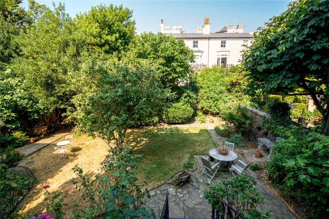 Thumbnail Flat for sale in Fourth Avenue, Hove, East Sussex
