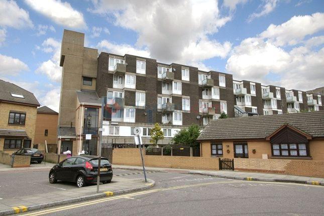 Thumbnail Maisonette to rent in Allen Road, London
