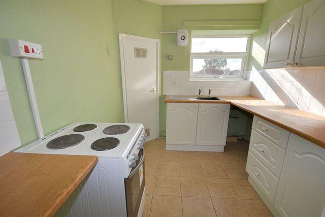 Thumbnail Flat to rent in Meadow View, Sherburn In Elmet, Leeds
