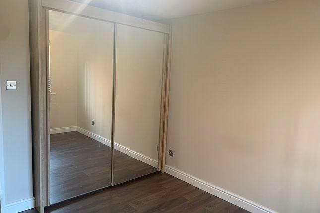 Thumbnail Flat to rent in Wren Close, Edmonton