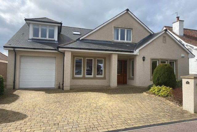 5 bed detached house to rent in Hilltop Road, Cults, Aberdeen AB15