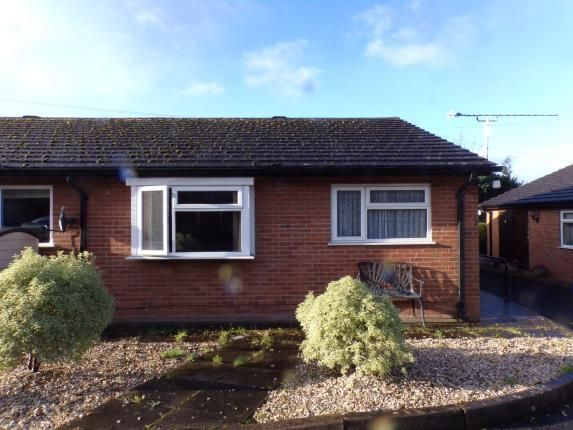 Thumbnail Bungalow for sale in Rhos Y Wern, Ruthin, Denbighshire