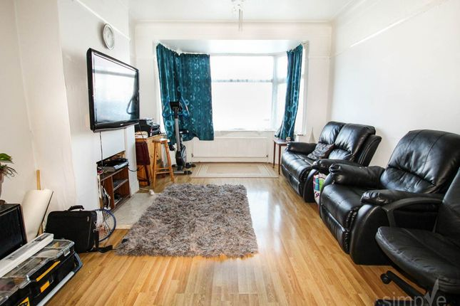 Thumbnail Property to rent in Ryefield Avenue, Hillingdon, Middlesex