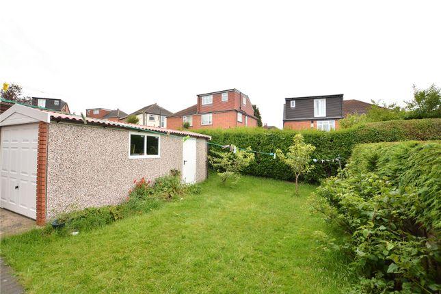 Picture No. 05 of High Moor Crescent, Moortown, Leeds LS17