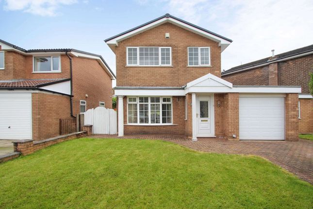 Thumbnail Detached house for sale in Knowl Meadow, Helmshore, Rossendale