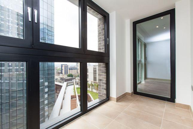 Thumbnail Flat to rent in Aldgate Place, Aldgate, London
