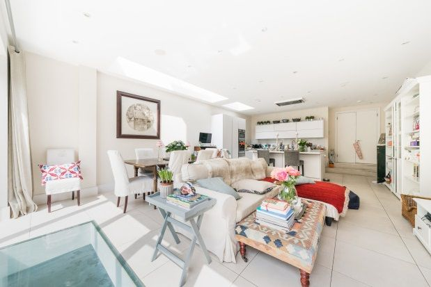 Thumbnail Property to rent in Quarrendon Street, Parsons Green