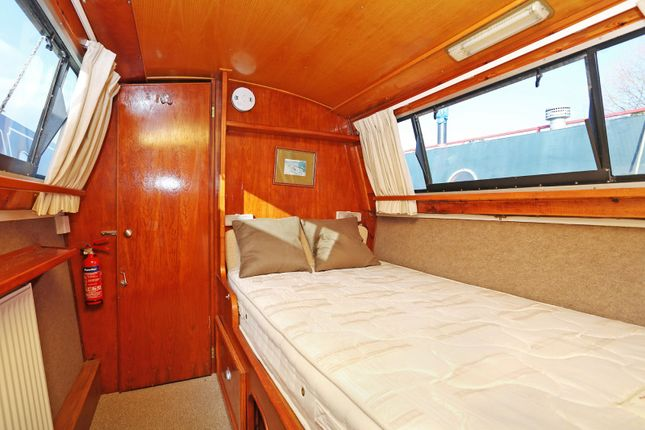 Bedroom of Packet Boat Marina, Packet Boat Lane, Uxbridge UB8