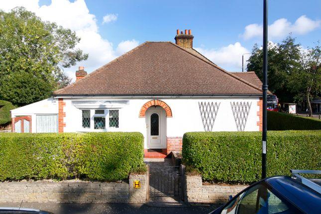 Thumbnail Detached bungalow to rent in Green Lane, Chislehurst