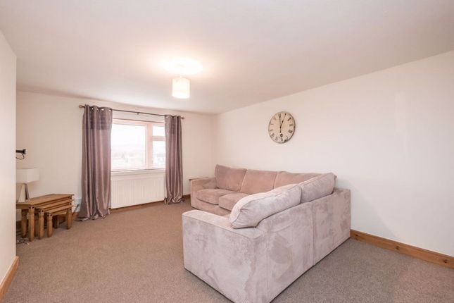 Thumbnail Flat to rent in Fountain Place, Loanhead