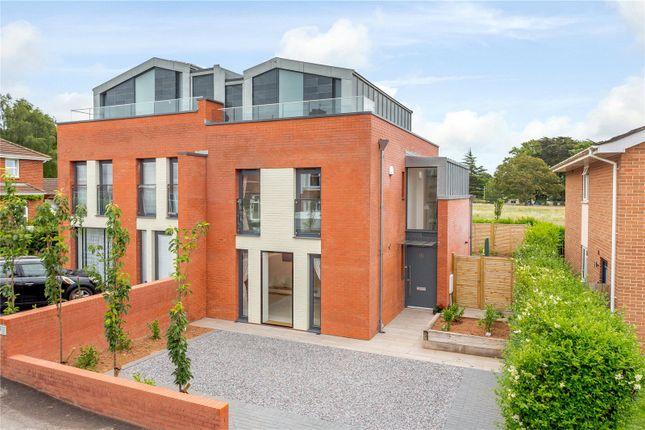 Thumbnail Semi-detached house for sale in Barnardo Road, Exeter, Devon