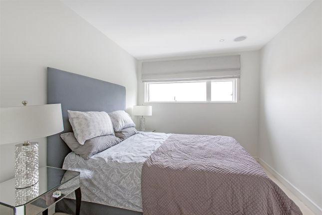 Bedroom of Caro Point, Grosvenor Waterside, 5 Gatliff Road, Chelsea, London SW1W