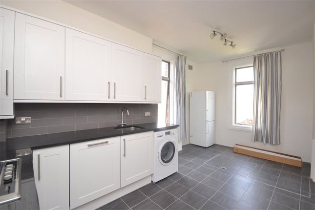 Maisonette to rent in Newton Avenue, Muswell Hill