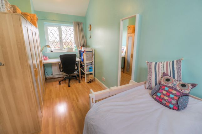 Bedroom 2 of Drummond Way, Macclesfield SK10
