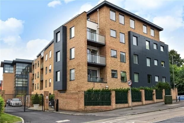 Thumbnail Flat for sale in Belgravia Mansions, Frimley Road, Camberley