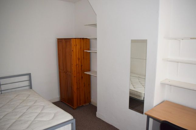 Bedroom of Whitby Road, Fallowfield, Manchester M14