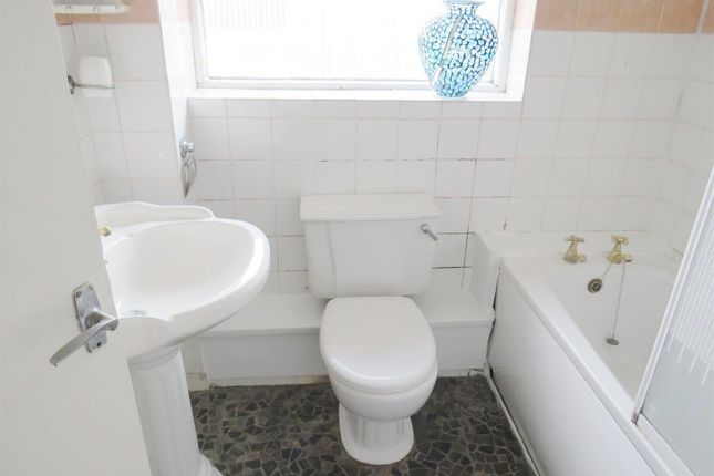 Bathroom of Wilton Road, Shirley, Southampton SO15