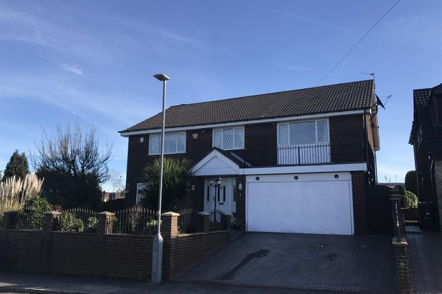 Thumbnail Detached house for sale in Jennings Close, Hyde