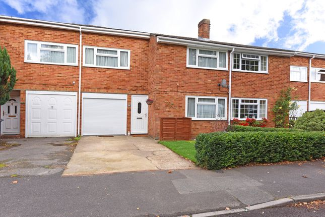Thumbnail Terraced house for sale in Kingsway, Blackwater, Camberley