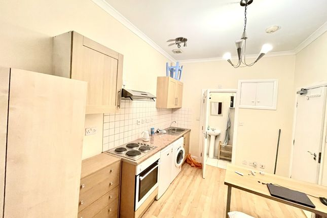 Studio to rent in Milbrook Place, Camden NW1