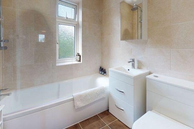 Bathroom of Merewood Avenue, Headington, Oxford OX3