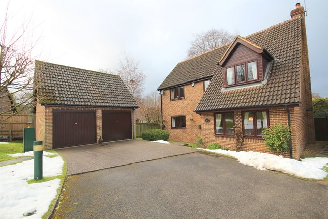 4 bed detached house for sale in Loxwood Close, Felden, Hemel Hempstead