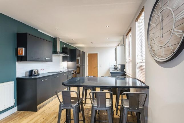 Thumbnail Shared accommodation to rent in Pentyrch Street, Cardiff