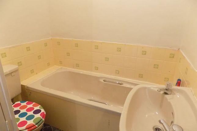 Bathroom of Toller Lane, Bradford BD9