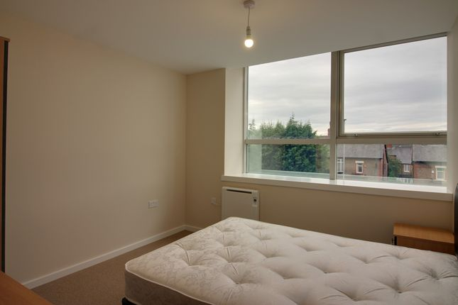 Thumbnail Flat to rent in Roberts House, 80 Manchester Road, Altrincham