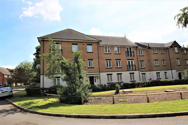Flat to rent in Buchanan Road, Rugby