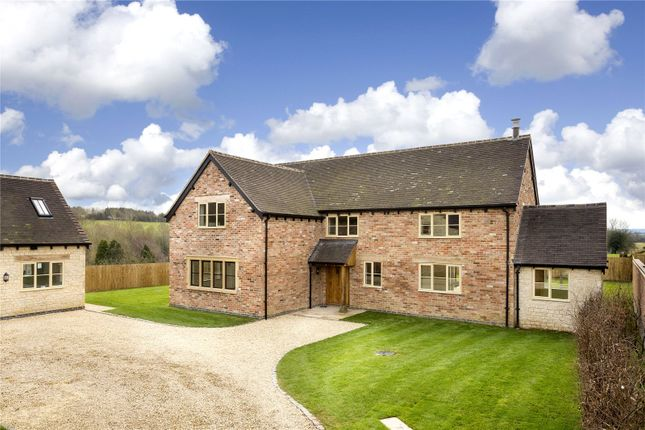 Thumbnail Detached house for sale in Spring Lane, Combrook, Warwick