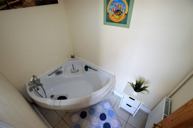 En-Suite of Chapman Street, Llanelli SA15