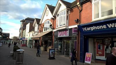 Thumbnail Retail premises to let in West Street, Horsham