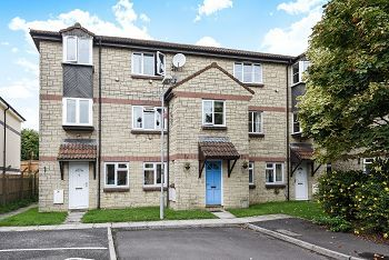 Thumbnail Flat for sale in Imberwood Close, Warminster