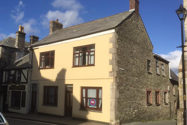 Thumbnail Flat to rent in Bank Street, St Columb Major