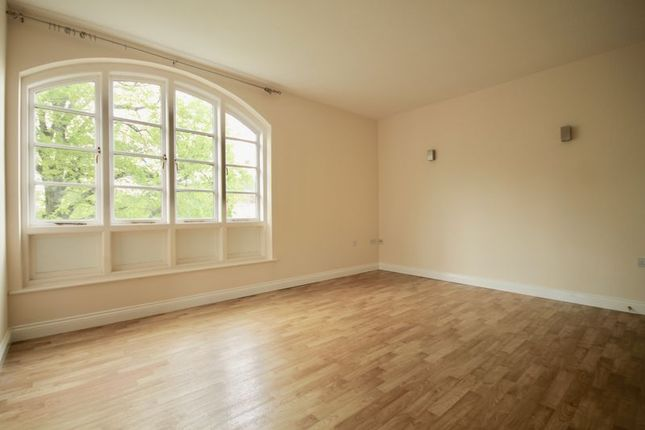 Thumbnail Flat for sale in Charlton Down, Dorchester