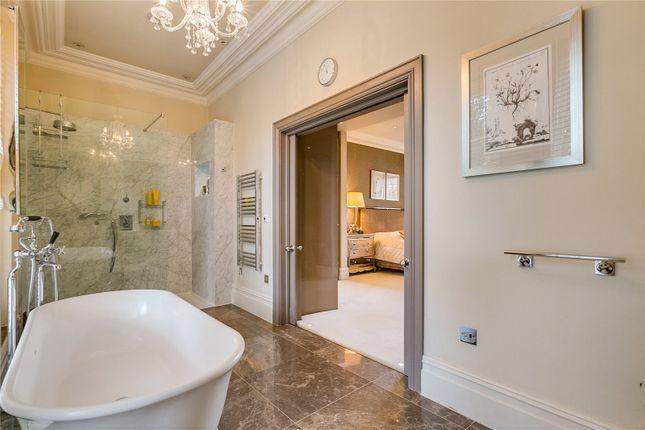 Bathroom of Formosa Street, London W9