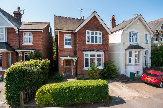 Thumbnail Detached house for sale in Fengates Road, Redhill, Surrey