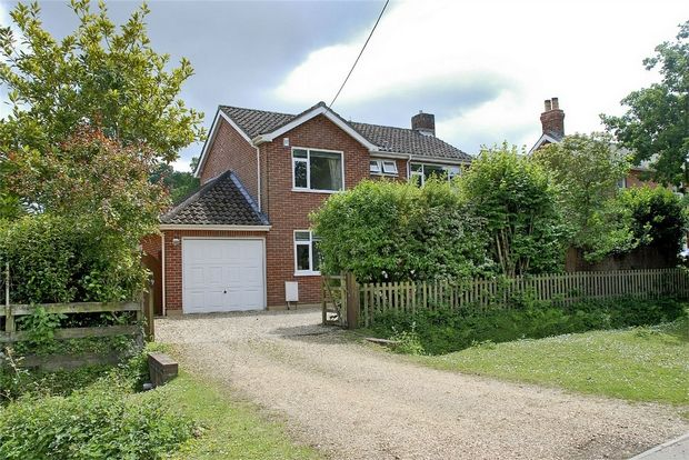 Thumbnail Detached house for sale in Pound Lane, Burley, Ringwood