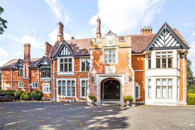 Thumbnail Flat for sale in Chorleywood House, Chorleywood House Drive, Chorleywood, Rickmansworth