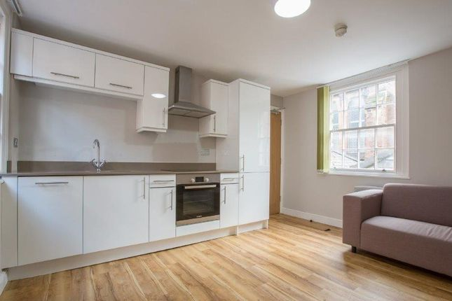 Thumbnail Shared accommodation to rent in Roodee Street, Chester