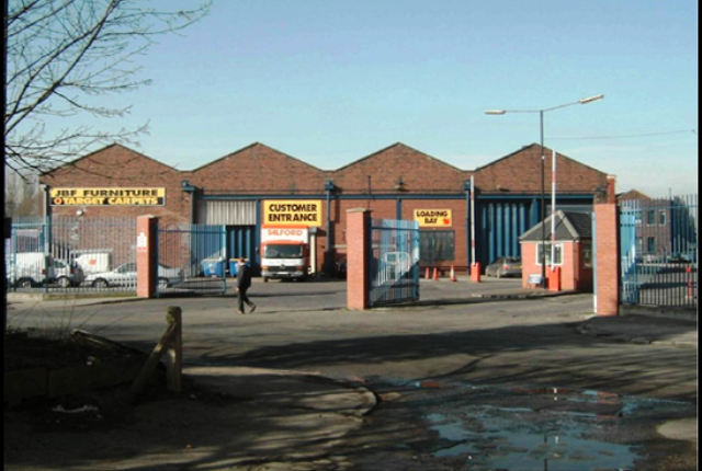 Industrial to let in Maple Industrial Estate, Manchester
