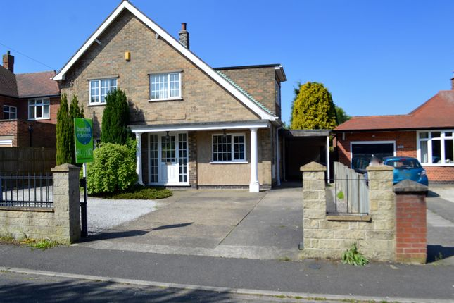 Thumbnail Detached house for sale in Oak Tree Lane, Mansfield