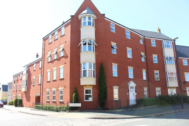Thumbnail Flat for sale in Redhouse Way, Swindon
