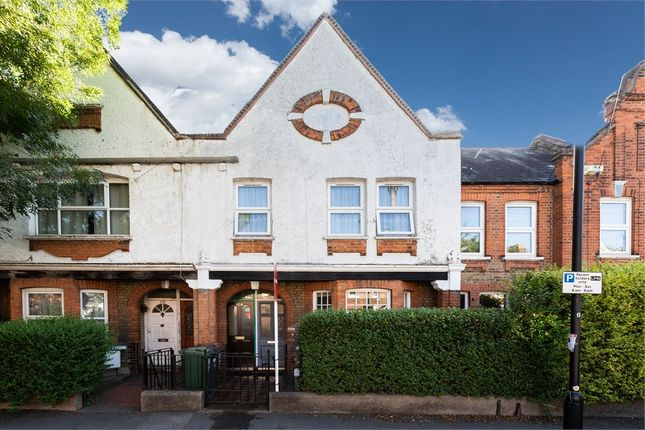 Thumbnail Maisonette for sale in Carr Road, Walthamstow, London